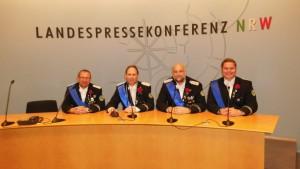 Die Abordnung des ABS-Vorstandes bei der Pressekonferenz